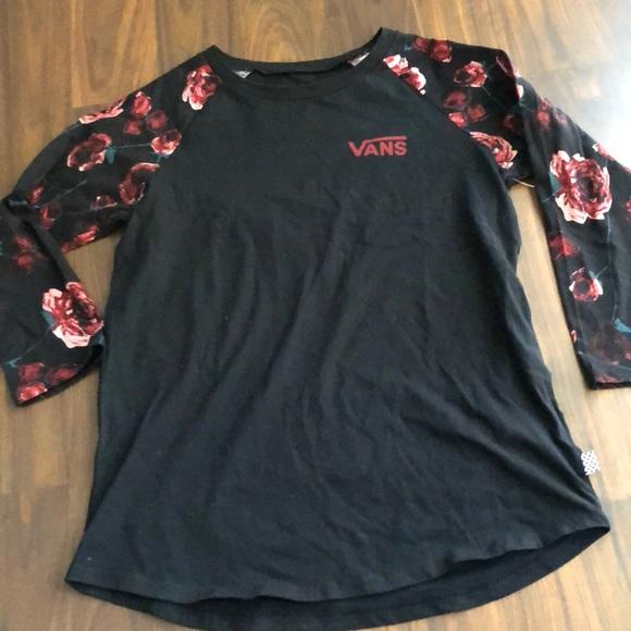 d5f99b37a09ca3 Women s NWT Vans floral Rose tee shirt medium m
